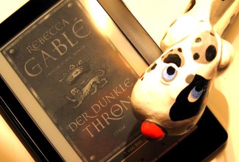 """""""Der dunkle Thron"""" auf dem Sony Reader"""