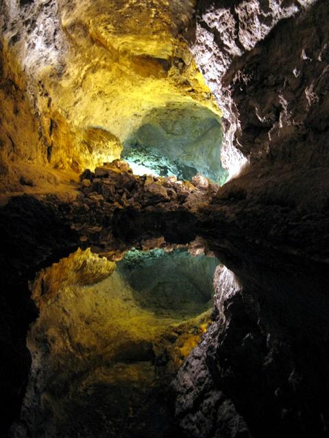 Cueva de los Verdes - Höhlensee