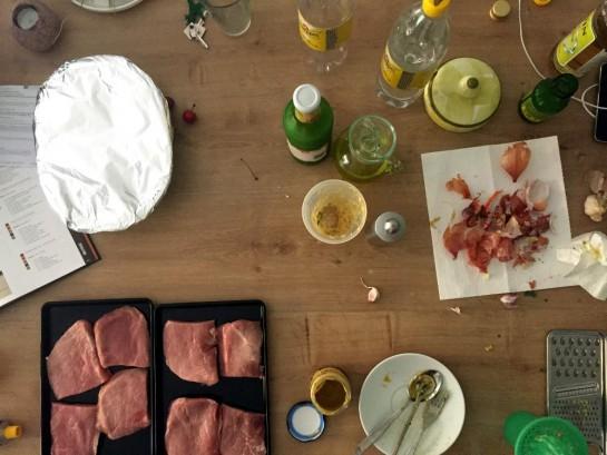 #12von12: Grillvorbereitungen auf der Küchenanrichte