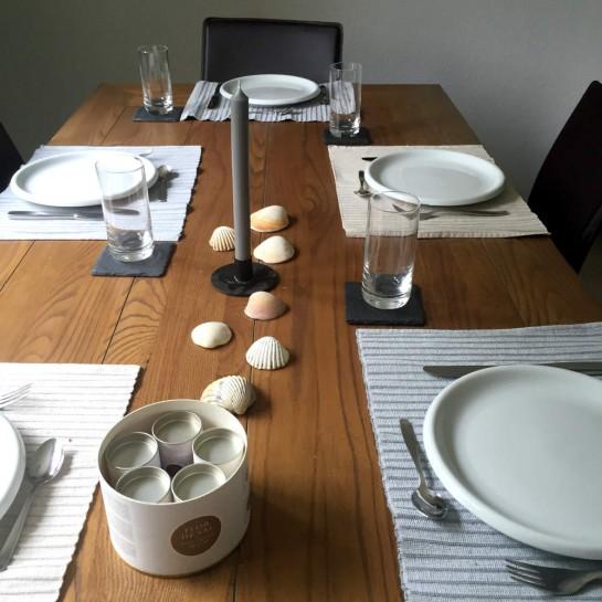 #12von12: gedeckter Tisch