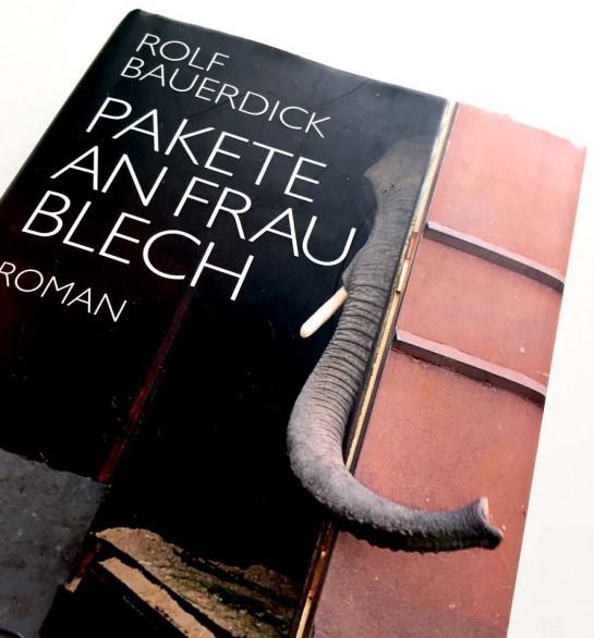 Rolf_Bauerdick_Pakete_an_Frau_Blech