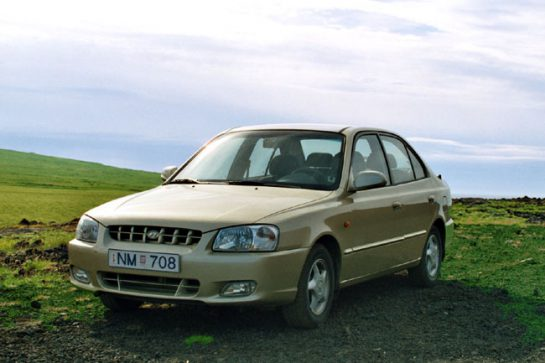 auto_hyundaiaccent650