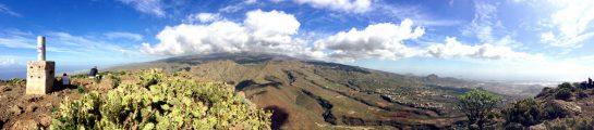 Gipfelglück: Blick auf den Nationalpark mit Teide
