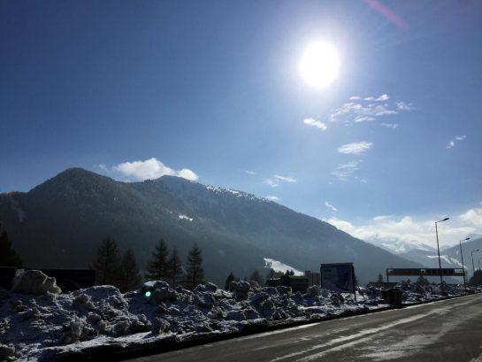 Brenner mit Schnee und Sonne