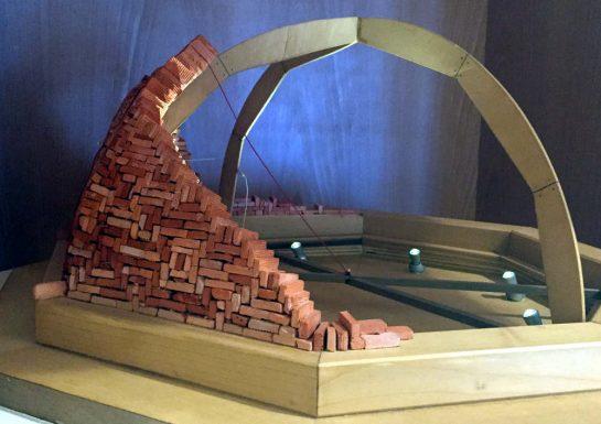 Kuppelbau im Modell