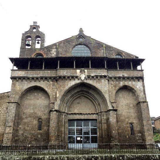 San Flaviano, sehr alte Steinfassade