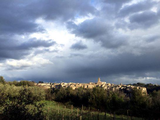 Blick auf Pitigliano
