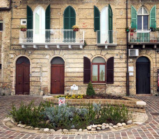Ortona: Häuser
