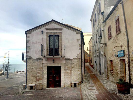Ortona: Trattoria am Meer