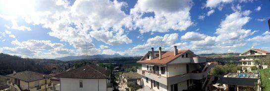 Südwestbalkon in die Berge