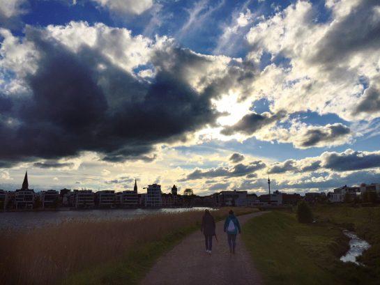 See mit Wolken