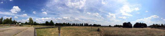Berlin-Johannistal: das ehemalige Flugfeld - heute ein Landschaftspark