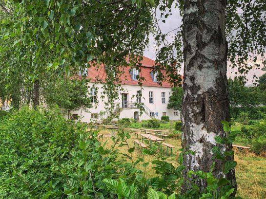 Gebäude des Gutshofs von außen